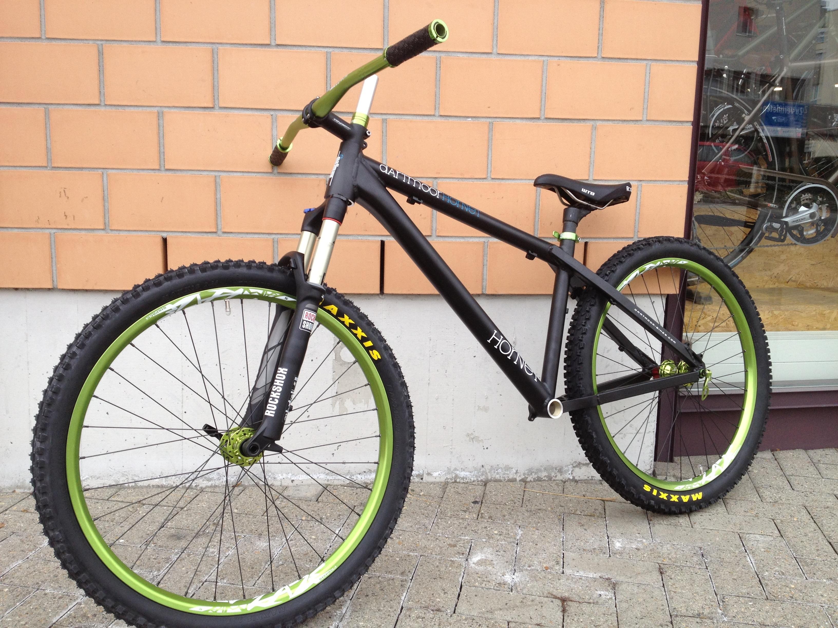 Dartmoor Bike Green Hornet Sixpack