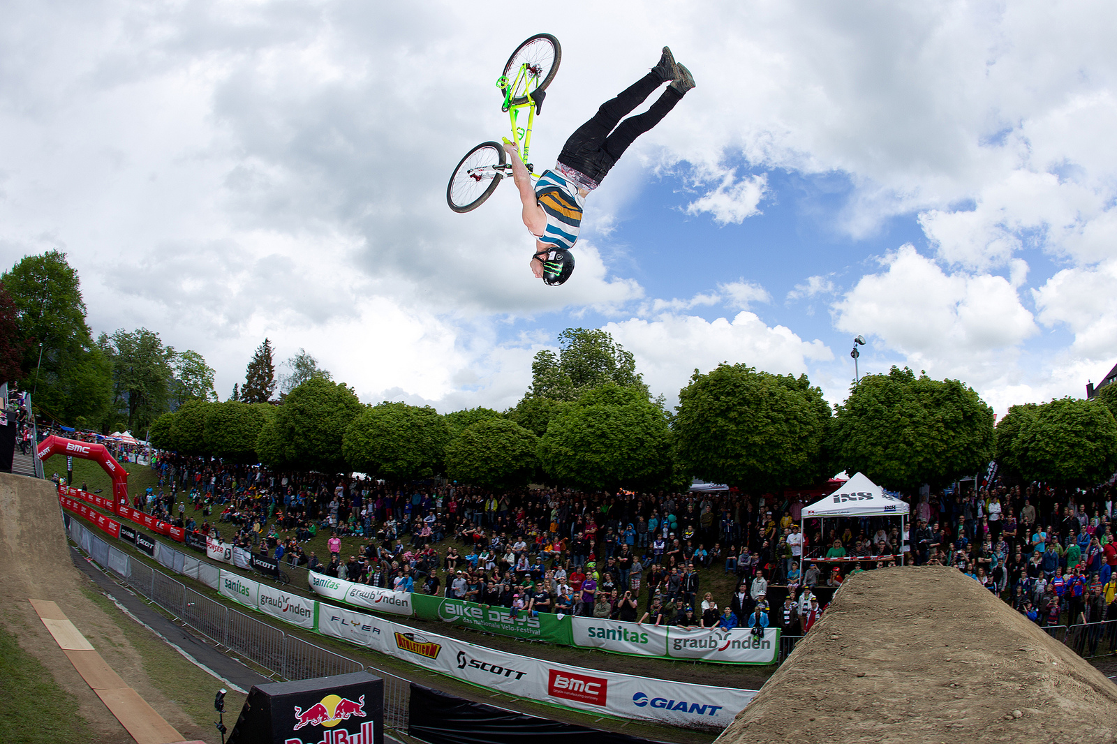 Bike Days Solothurn 2013 Sam Pilgrim Dirt Jump