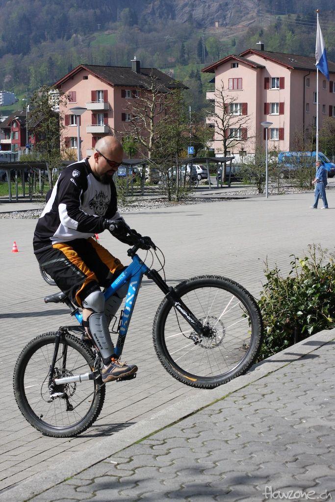 bikekurs fahrtechnik schule lernen bunnyhop bike mountainbike