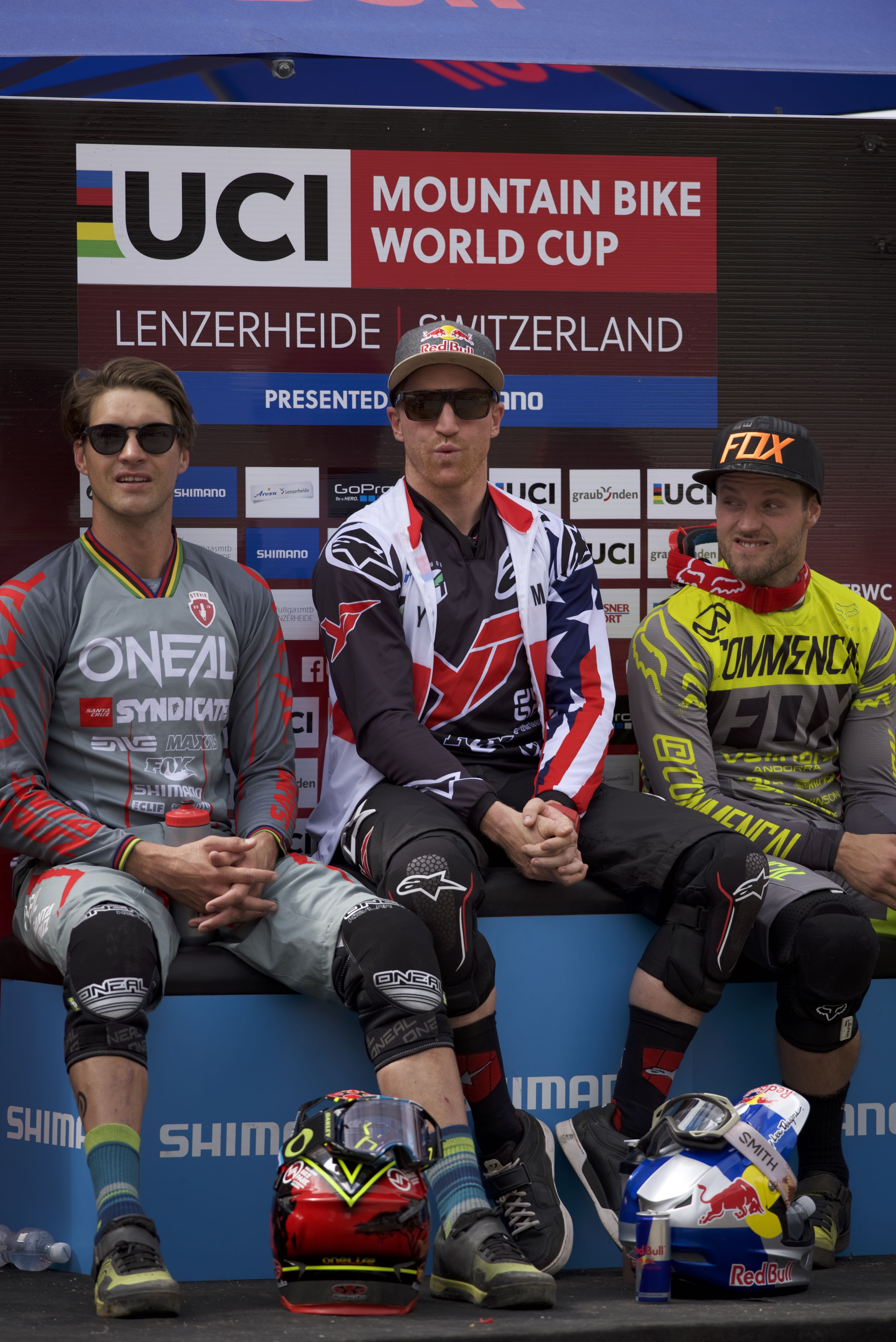 uci downhill worldcup lenzerheide 2016 hot seat aaron gwin