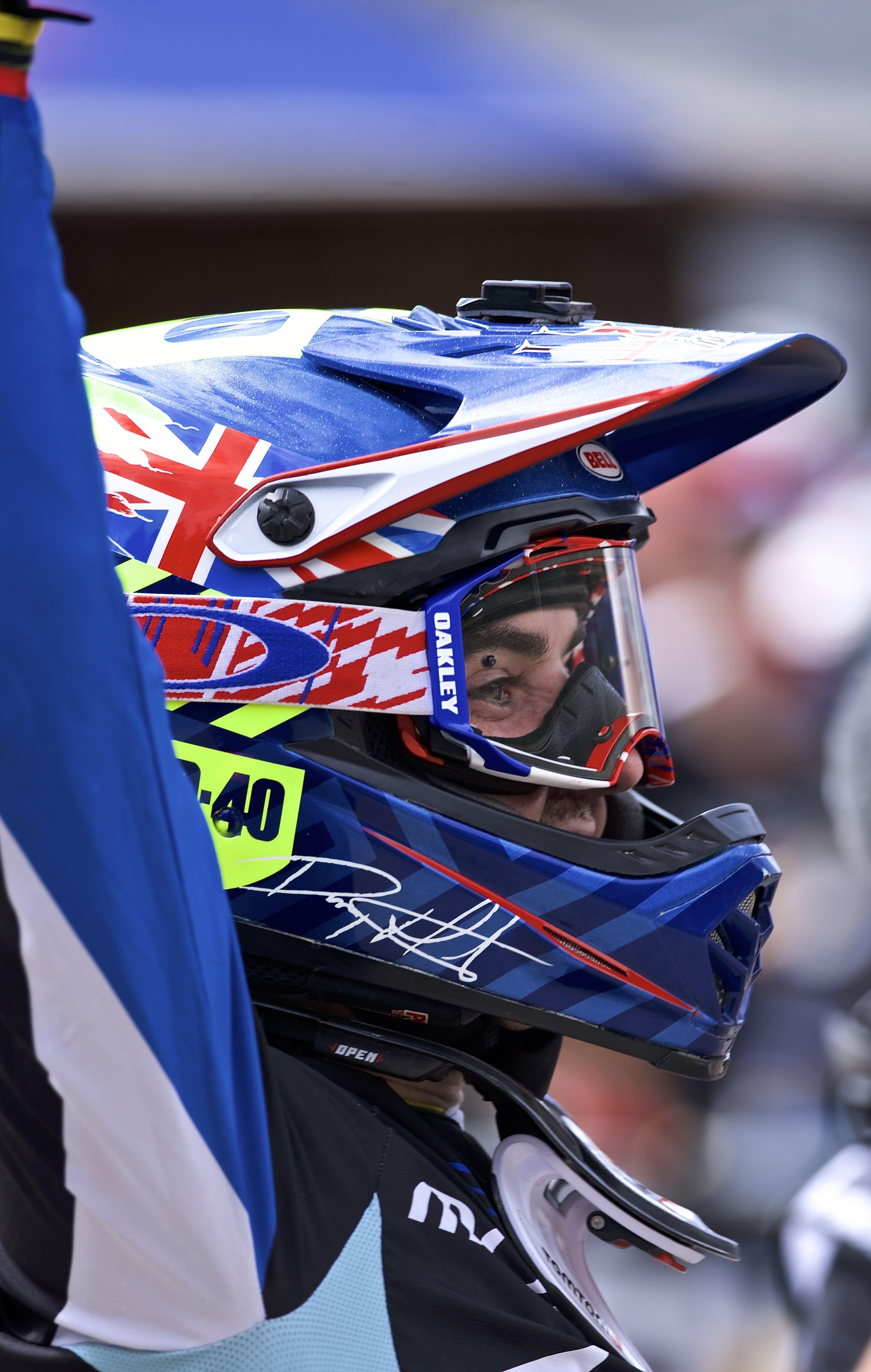 danny hart downhill worldcup lenzerheide 2016 winner